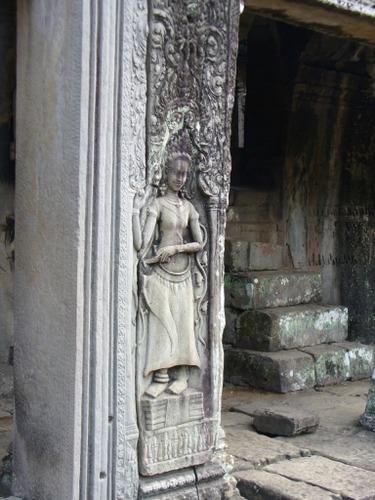 バイヨン寺院 デヴァター